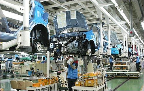 현대자동차 울산공장 생산라인(자료사진) 현대자동차 울산공장 생산라인(자료사진)